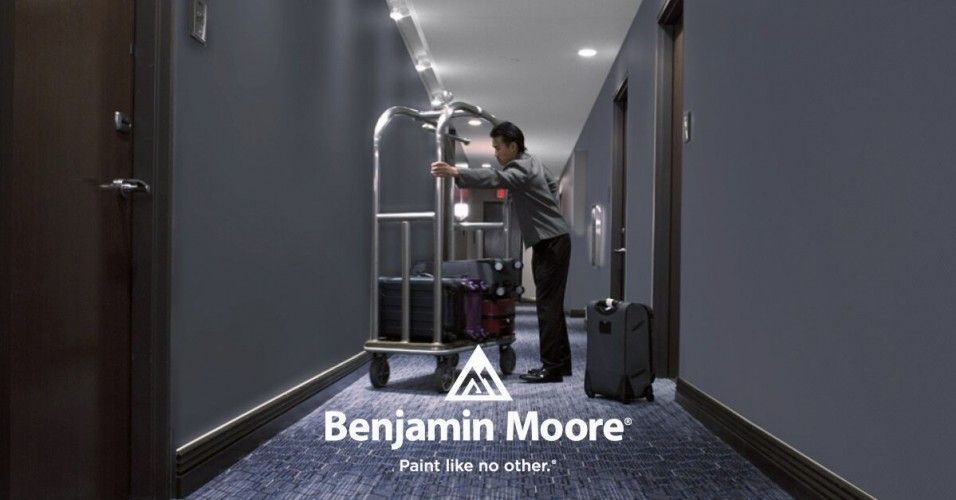 Brak czarnych śladów na ścianach - rewolucyjna technologia od Benjamin Moore